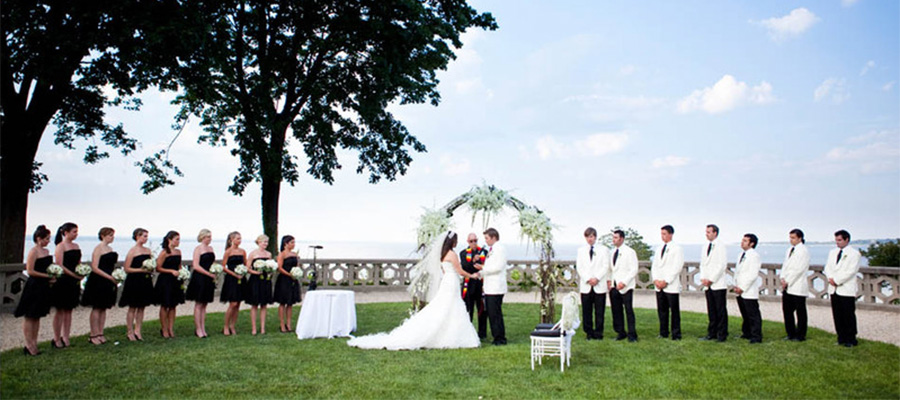 A wedding at the Sands Point Preserve